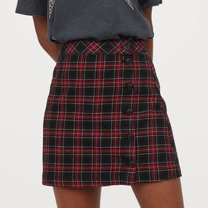 H&M Black/Red Plaid A-Line Skirt
